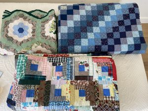 Quilt Silent Auction @ Latham Library
